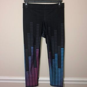 Zara Terez Audio Performance Crop Leggings M